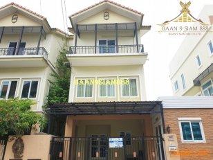 ทาวน์โฮม 3ชั้น หมู่บ้านลภาวัน17 ติดถนนราชพฤกษ์