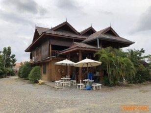 ขายด่วน  บ้านไม้สักทองทรงไทยสุดหรู อยู่ในเขตเทศบาลเมืองต้นเปา  อำเภอสันกำแพง จังหวัดเชียงใหม่