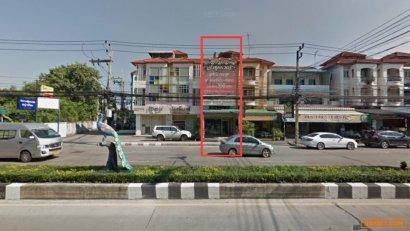 ขายอาคารพาณิชย์ 3.5 ชั้น +ดาดฟ้า ทำเลดี ติดถนนพระยาสัจจา และโรงเรียนชลชาย ชลบุรี กู้ผ่อนยาวได้