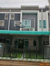 ขายทาวน์โฮมใหม่น่าอยู่  2 ชั้นโครงการ หมู่บ้านอรินสิริ @ สุขุมวิท ชลบุรี