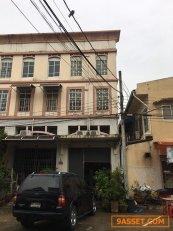 ขายอาคารพาณิชย์ หมู่บ้านรุ่งกิจแกรนด์วิสต้า หมู่บ้านอยู่ปากซอยหทัยราษ เขตมีนบุรี