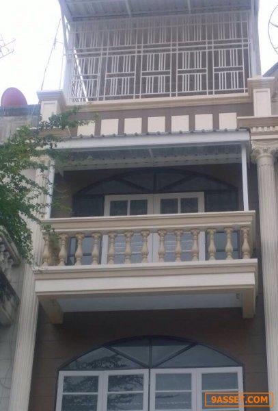 ขาย อาคารพาณิชย์เพื่ออยู่อาศัยหรือสำนักงาน 3 ชั้นราคาถูกที่สุด