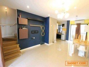 ขายบ้าน ทาวน์โฮม ซิกเนเจอร์ วิภาวดี 60 (SIXNATURE VIBHAVADI 60) สภาพบ้านใหม่มาก สวยพร้อมอยู่