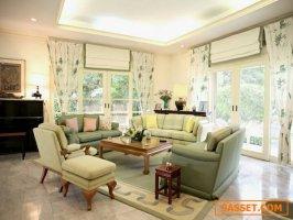Lakeside Villa Residence