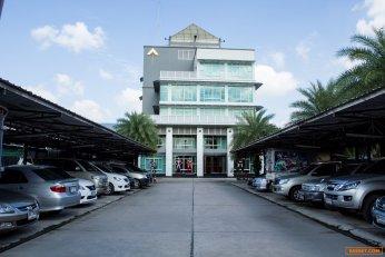ให้เช่าถูกอาคารสำนักงาน 6 ชั้นพร้อมโกดัง 2 ชั้น 4500 กว่าตรม. ทำเลดีซอยกรุงเทพกรีฑา8 กรุงเทพมหานคร