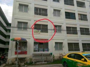 ขายอาคารชุดเอื้ออาทร เทพกุญชร34 ตึก 65 ตลาดไท ชั้น2 ห้องมุม ติดทางขึ้นลงบันได