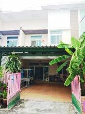 ทาวน์เฮาส์ 2 ชั้น หมู่บ้านไทยสมบูรณ์ 3 อยู่ต้นซอย เลียบคลองสาม