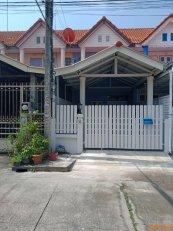 ขายทาวน์เฮ้าส์หมู่บัวทอง 4 ถนนบ้านกล้วย-ไทรน้อย นนทบุรี