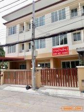 ด่วน!! ถูกสุดๆ ทาวน์โฮม 3ชั้น บ้านริมสวน เมืองนนทบุรี ใกล้ MRT แยกติวานนท์ 4 ห้องนอน