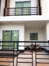 ขายบ้านใหม่ทาวน์โฮม 2 ชั้น โครงการบ้านรักขอนแก่น เดินทางเข้าออกง่าย ใกล้เมืองขอนแก่น