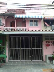ขายบ้านทาวเฮ้าส์2ชั้น-หมู่บ้านปรีชา11-รามอินทรา123-เขตมีนบุรี-กรุง