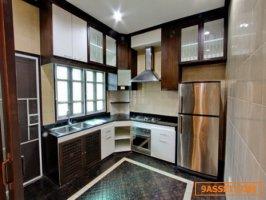 Ekamai Houses For Rent