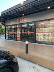 เซ้งพื้นที่ พร้อมอุปกรณ์ร้านอาหาร ทำเลดี ริม ถนนสุคนธสวัสดิ์ ราคาต่ำกว่าทุน