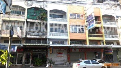 อาคารพาณิชย์ 3.5 ชั้น ถ.สามัคคี เมืองนนทบุรี