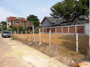 ขายที่ดิน พุทธมณฑล สาย 1 - ทุ่งมังกร ซอย 9 ฉิมพลี ตลิ่งชัน 50 ตรว. ซอยทะลุหน้า-หลัง ทำเลดีมาก เหมาะทำ โฮมออฟฟิศ บ้านอยู่อาศัย PRNB2152