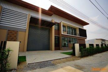 ขาย ให้เช่าโกดัง โรงงานนครปฐม คลังสินค้า สร้างใหม่ ในโครงการ Platinum Factory 3 แพลตตินั่ม แฟคตอรี่ พื้นที่ 851 ตรม. A2 โรง 2 ถนนศาลายา -บางเลน