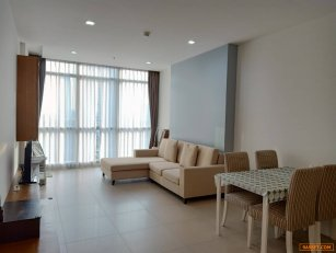 For rent the river condo 70sqm locate on the 12th floor only 33,000 bath/month