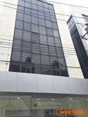 ให้เช่าอาคาร Office สำนักงาน 6 ชั้นพร้อมลิฟท์ย่านลาดพร้าวบางกะปิ เนื้อที่  ประมาณ 1000 ตรม  เป็น Office สร้างใหม่ เหมาะทำ Office สำนักงาน สถานที่กวดวิชา  พร้อม แอร์ 12 ตัว  ห้องน้ำ 12 ห้อง จอดรถได้หลายคัน