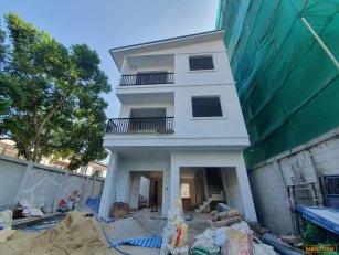 ขาย บ้านเดี่ยว ซอยสุขุมวิท 65 เอกมัย - ทองหล่อ บ้านสร้างใหม่