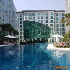 Luxurious condo available for damn and sale in Pattaya
