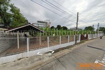 ที่ดิน ในซอย นนทบุรี 46 ขนาด 2 ไร่ สนามบินน้ำ ( รณสิทธิพิชัย 9 )