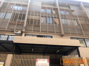 ให้เช่าบ้านใหม่ทาวโฮม 3 ชั้น โครงการหรู พร้อมเฟอร์บิ้วท์แอร์ครบ แจ้งวัฒนะใกล้เมืองทอง  Rent Spacious 3.5-StoreyFurnished Townhome in Loft Modern Style , 3 Bed 3 Bath.Changwattana