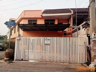 ขาย ทาวน์เฮ้าส์ 2 ชั้น ม.รัตนาธิเบศร์ นนทบุรี
