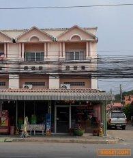 ขายอาคารพาณิชย์ 2.5 ชั้น ห้องมุม 2 คูหา อยู่หน้าหมู่บ้านแกรนดโฮม3 ติดถนนเส้นสระบุรี-เสาไห้