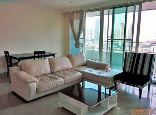 Watermark Chaophraya Luxury Condo Hot Price 3 Bedroom Unit for Rent/Sale