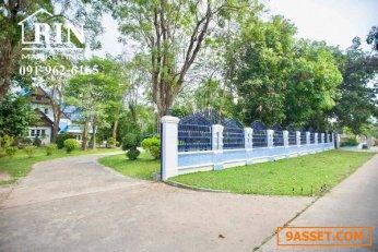 ขายบ้านพร้อมที่ดิน ที่โคราช ประมาณ 2 ไร่ ติดโรงเรียนอนุบาลหลานย่าโม่ ต.โพธิ์กลาง อ.เมือง จ. นครราชสีมา คุณติ๋ว 091-962-6165