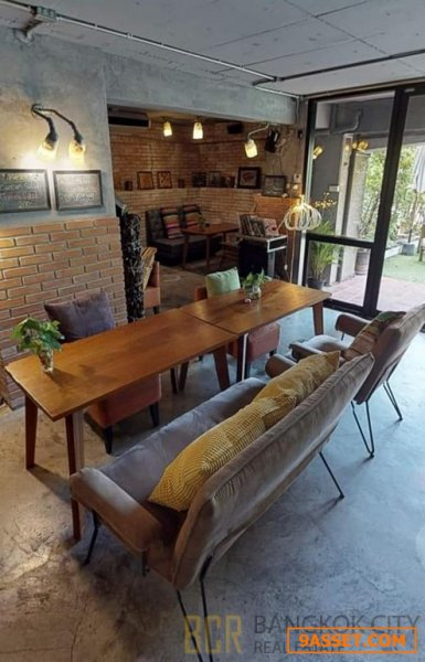 Freehold Commercial Street Frontage Property in Thonglor for Sale
