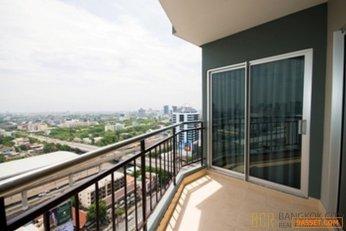 Supalai Park Ekkamai Thonglor High Floor 2 Bedroom Corner Unit for Sale