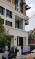 ขายโฮมออฟฟิส 4 ชั้น บ้านกลางกรุง บางนา พร้อมตกแต่ง ราคาดี ทำเลดีมาก ใกล้เมกะบางนา โทร 0863212561