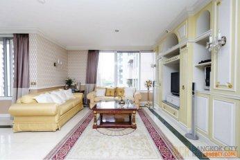 Langsuan Ville Luxury Condo Very Spacious 3 Bedroom Corner Unit Rent/Sale