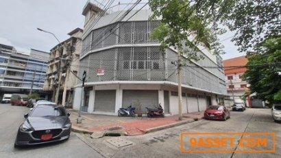 ขาย อาคารพาณิชย์  อาคารสำนักงาน 5 ชั้น 6คูหา ซ.เฉลิมเขต 1 สวนมะลิ ขนาด 89.2 ตรว. พื้นที่ 1258 ตรม. ทำเลดี แปลงมุม เหมาะทำการค้า สำนักงาน