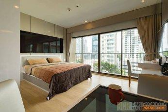 Noble Refine Ultra Luxury Condo Pool View Renovated Studio Unit for Rent/Sale