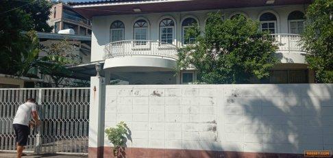 ให้เช่าหรือขาย บ้านเดี่ยว 2 ชั้น ซอยสุขุมวิท 26