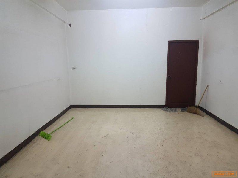 ขายอาคารพาณิชย์ 4 ชั้นครึ่ง ย่าน อ .ลำลูกกา จ.ปทุมธานี