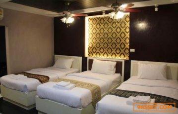 ขาย เกสเฮาส์ สุขุมวิท 30 มีห้องพัก 20 ห้อง พื้นที่ 48 ตรว อยู่ห่าง BTSพร้อมพงศ์ แค่ 5 นาที