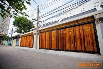 รหัสทรัพย์B54 ให้เช่าทาวน์โฮม 2ชั้น  หมู่บ้านนครไทย ซอย 13 ติดกับเซ็นทรัลพระราม 3 บ้านสวยทำเลดี