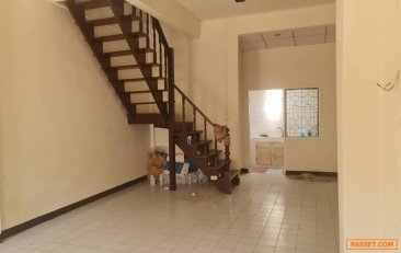ขายถูก  ทาวน์เฮาส์ 2 ชั้น 16 ตร.ว. หมู่บ้านเอเชีย 123 บางกรวย – ไทรน้อย จ.นนทบุรี